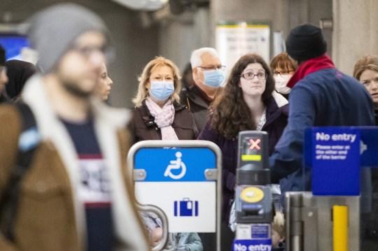 newborn baby test positive for coronavirus in london