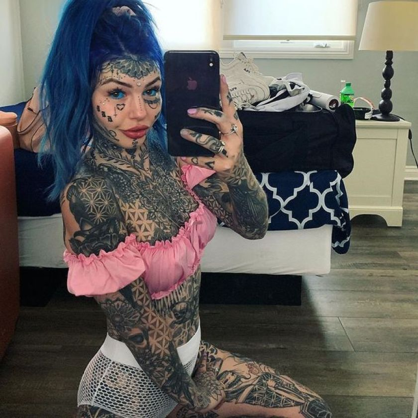 'dragon girl' who spent £14k on body mods goes blind after getting eye balls tattooed