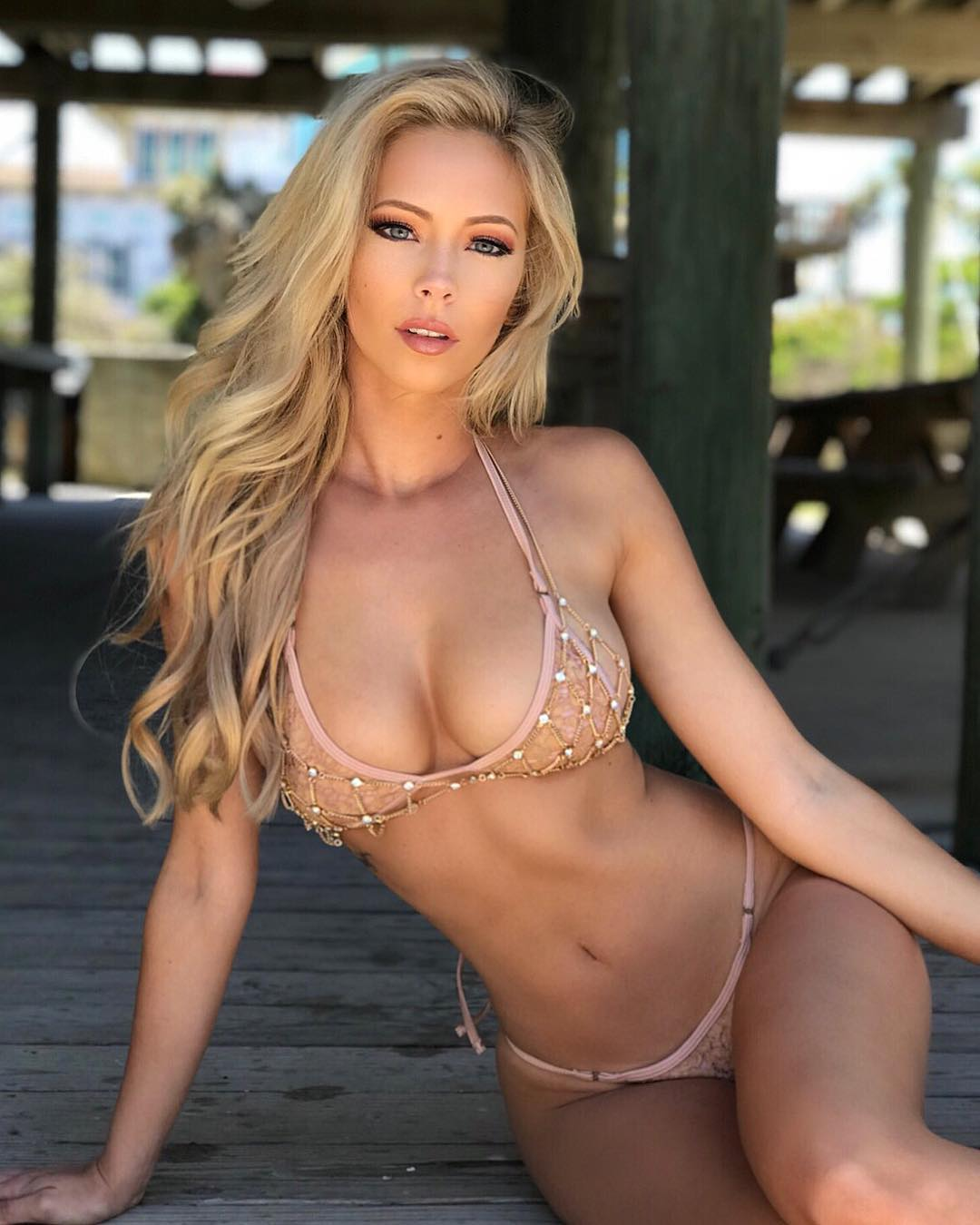 amanda taylor will leave you jaw dropped