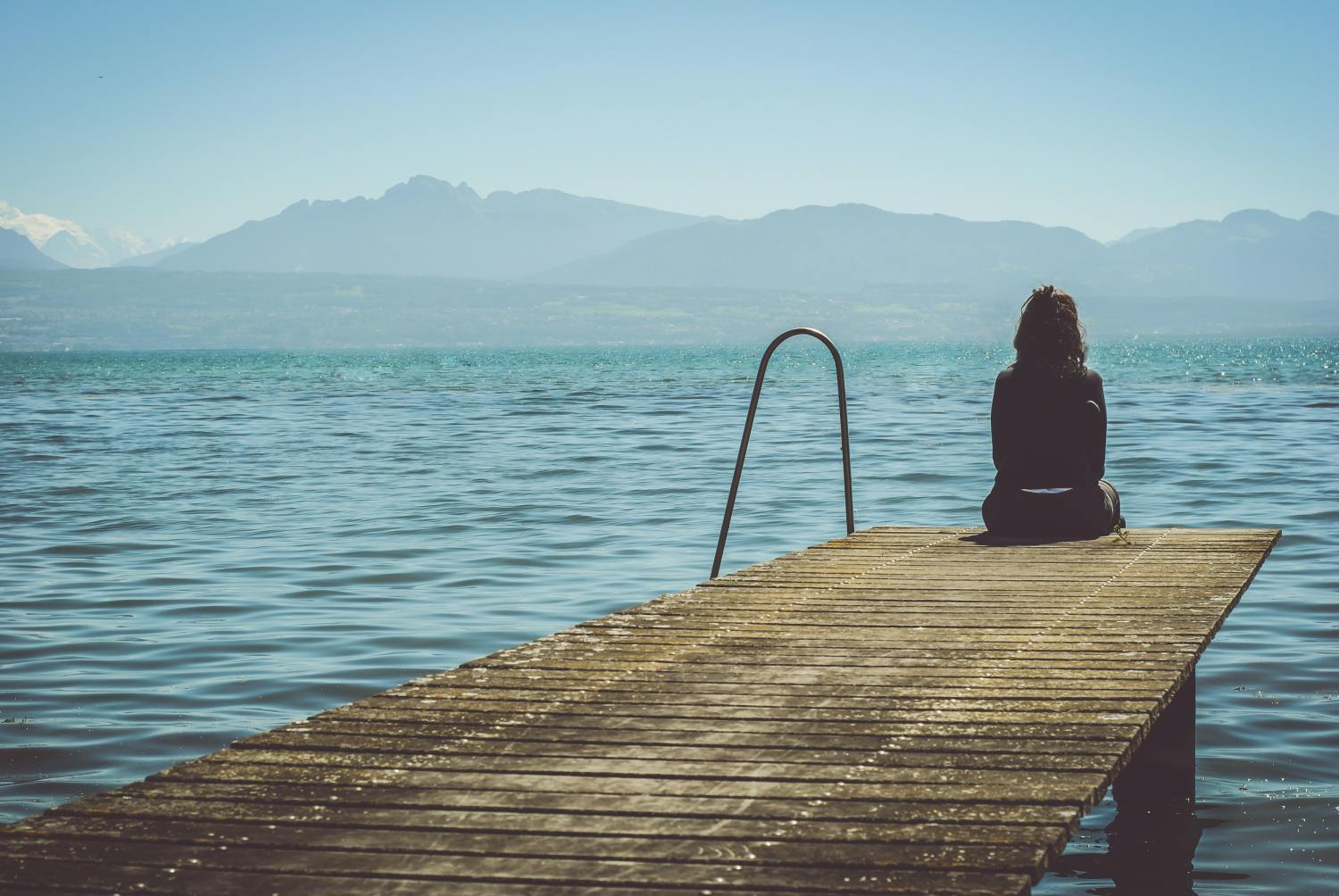 how to know when to fight for a relationship and when to let go