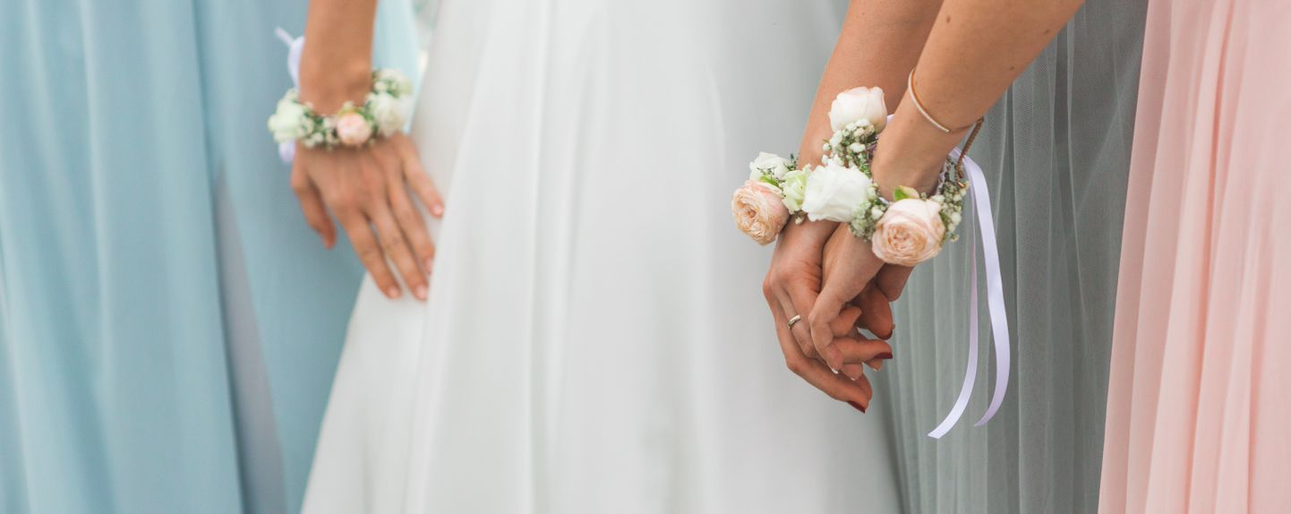 bride asks if she was wrong to demote 'anxious' maid of honor to bridesmaid