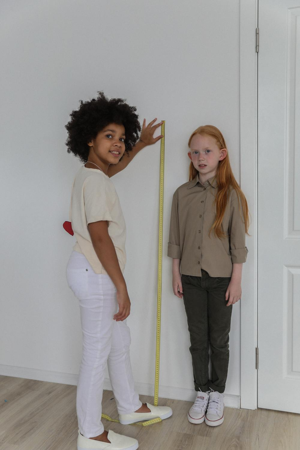 let's measure: here's the average height for women