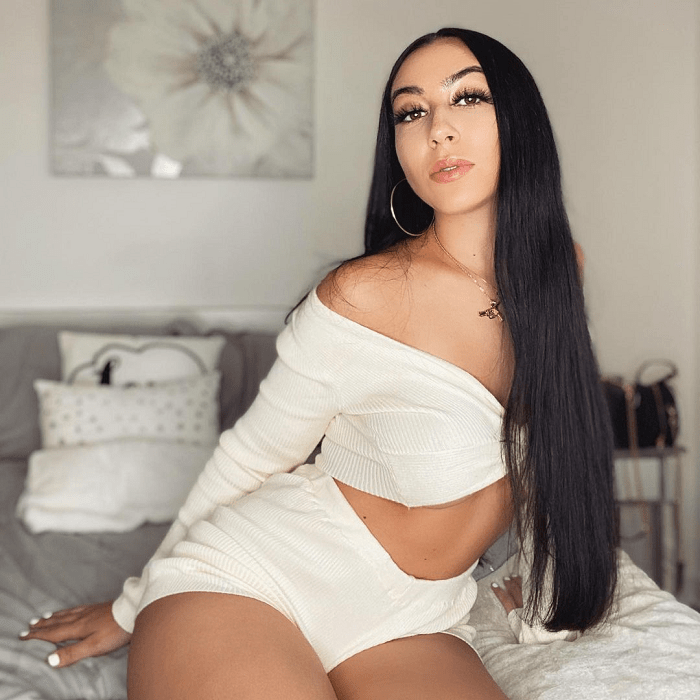 This Woman Quit Her Teaching Job And Is Now Earning Millions A Year Twerking! – Video