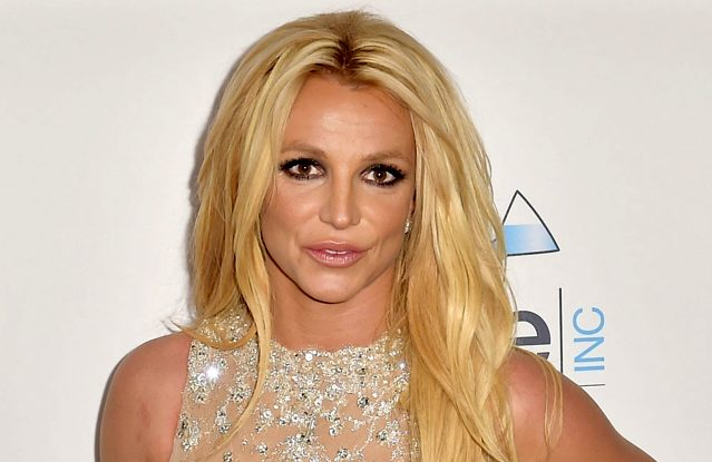 """Britney Spears Hits Out At Sister's """"mean A**"""" In Latest Posts"""