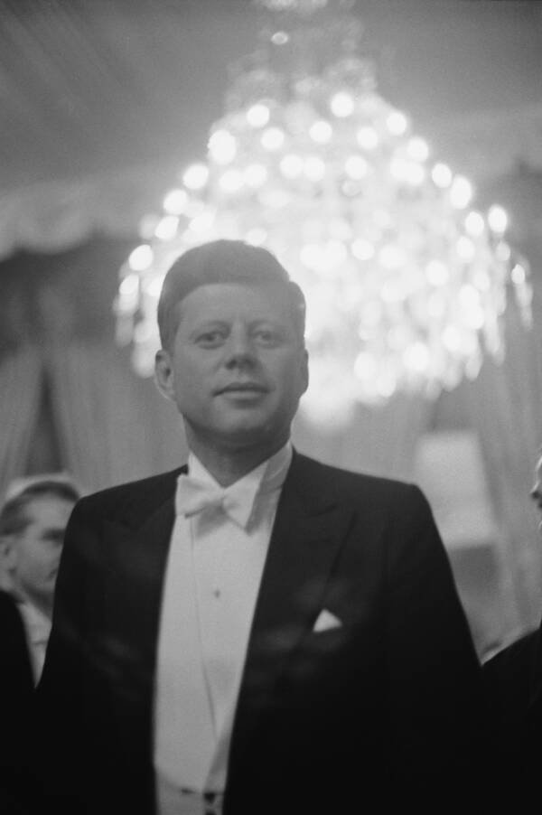 Kennedy's Camelot: Red Flags In The Sunset