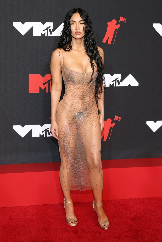 Megan Fox Wore Her Vmas Dress Because Machine Gun Kelly Told Her To