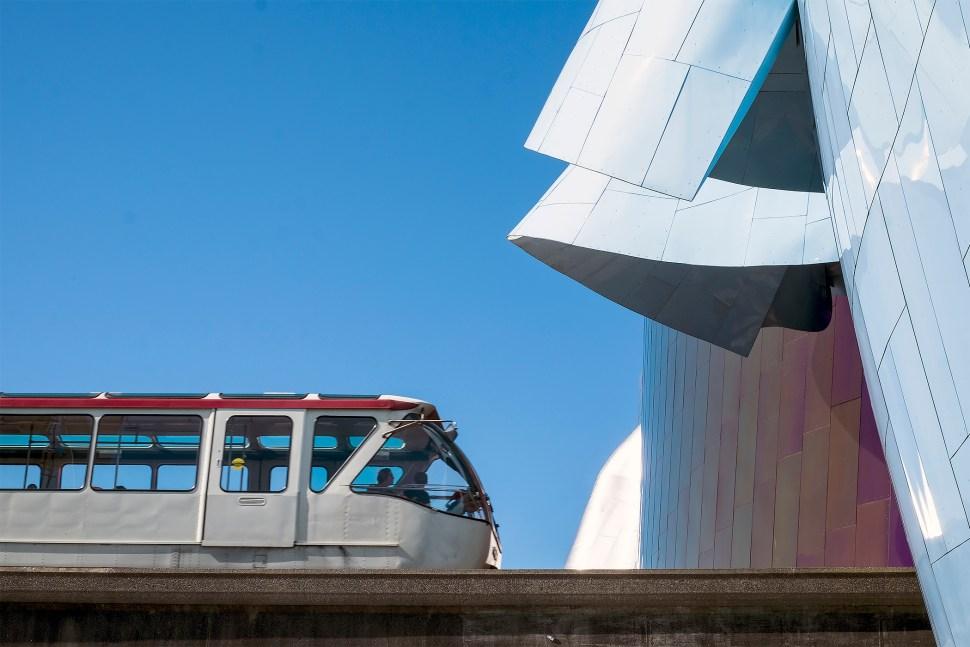 monorail_DSCF3282