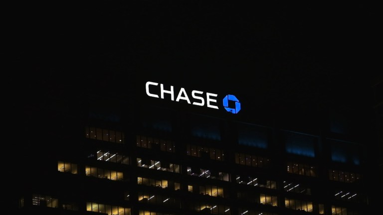 chase-off