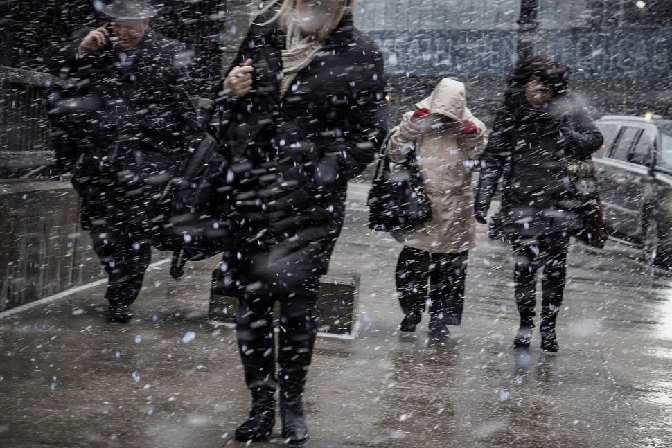 snowWalkingToWork_DSF0606.jpg