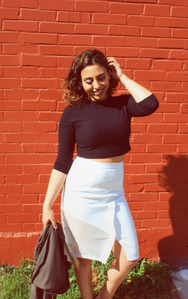white pencil skirt fasion