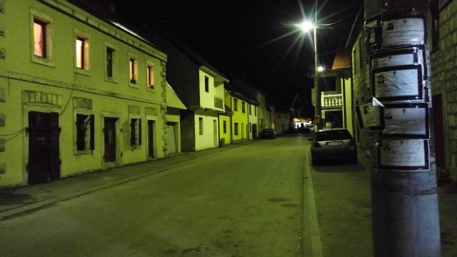 Rue principale d'Avtovac