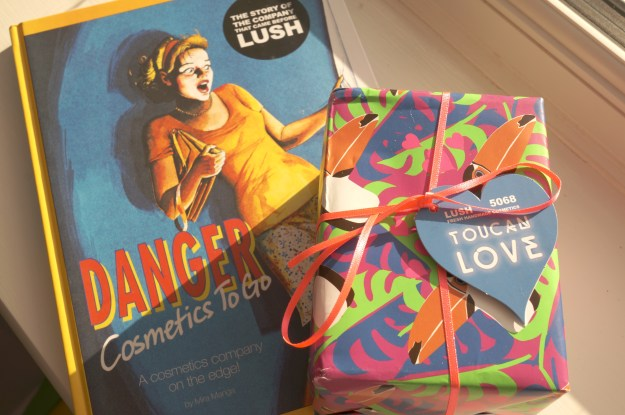 lush book and set