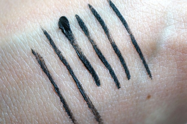 benefit-push-up-liner-swatches
