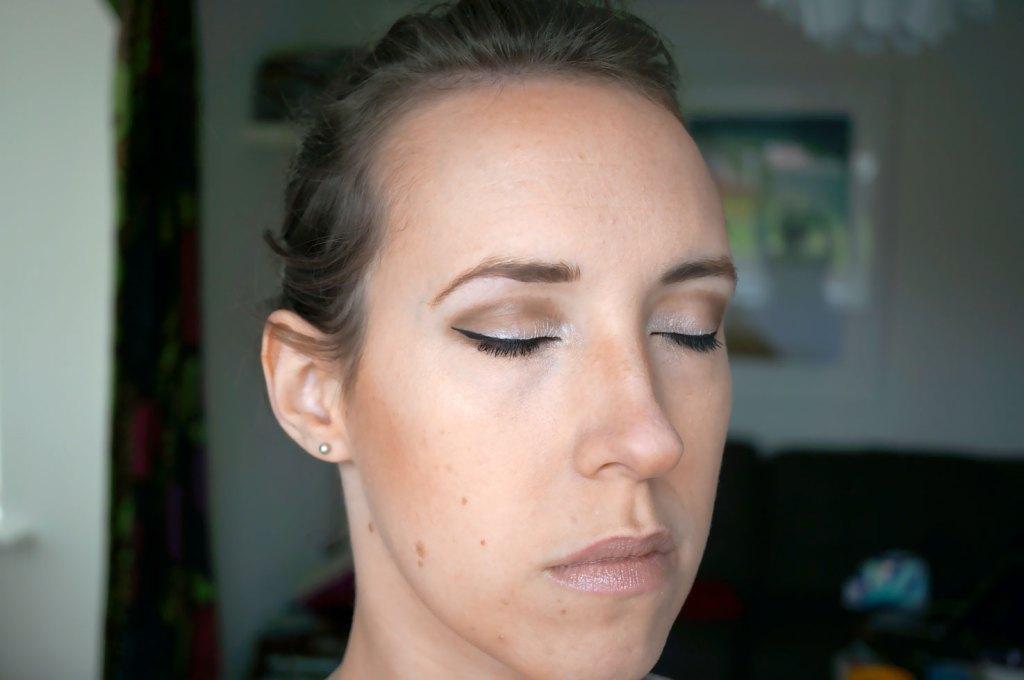 bronzer-contour