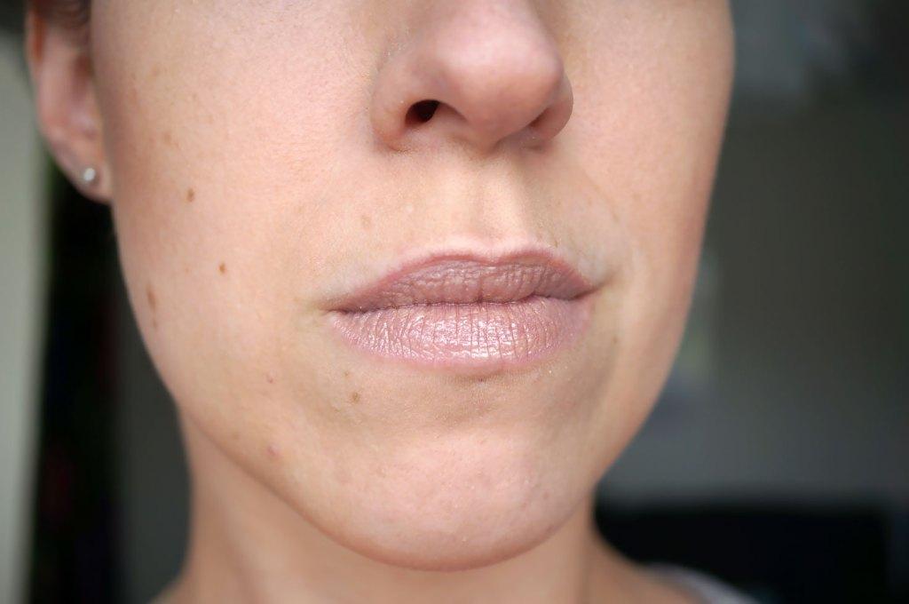 lips-close-up