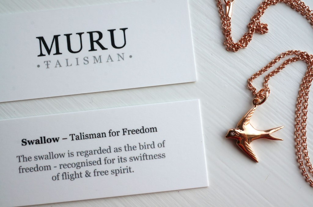 MURU Jewellery Rose Gold Swallow Necklace | Review