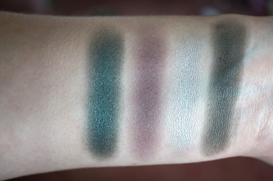 i-heart-makeup-sin-palette-swatches-1