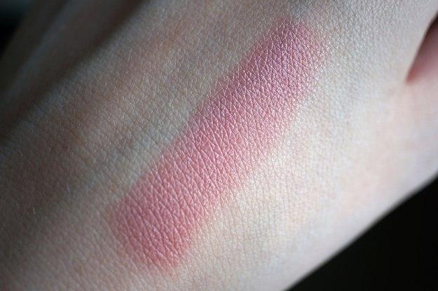 mirabella lipstick swatch