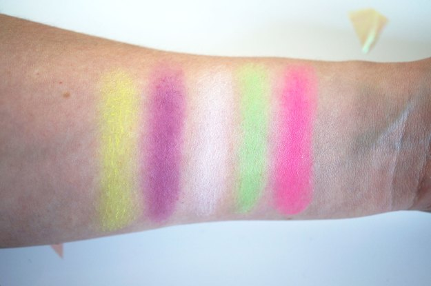 colour-chaos-swatches-3
