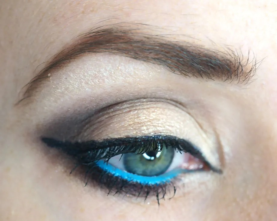 Makeup To Make Your Blue Eyes POP!