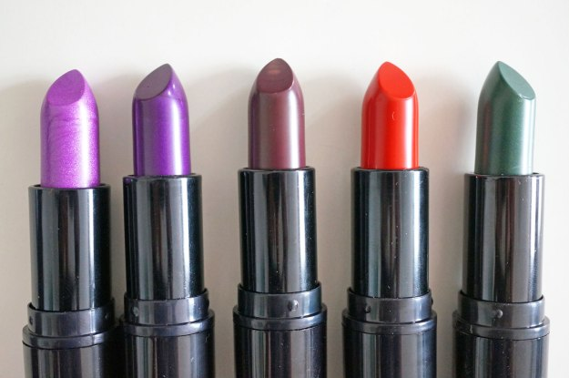 Makeup-Revolution-atomic-lipsticks-review