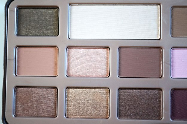 too-faced-chocolate-bar-palette-close-up