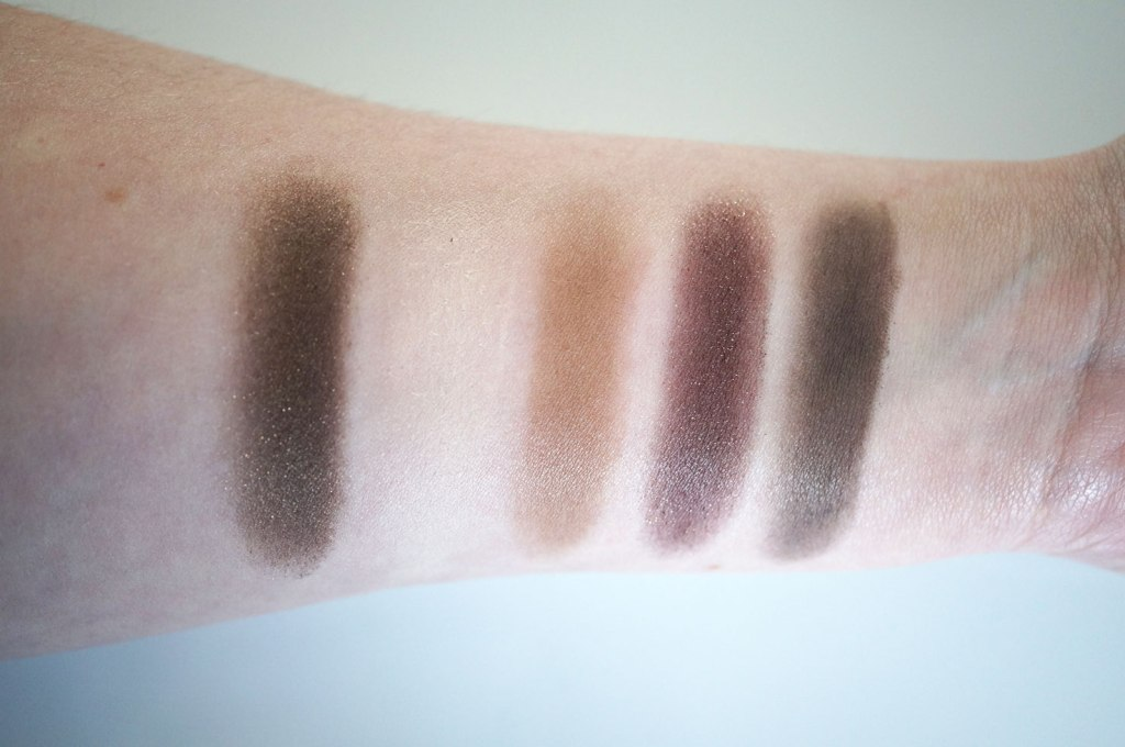 too-faced-chocolate-bar-palette-swatches-1