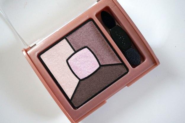 bourjois-smoky-eyeshadow-over-rose