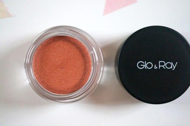 glo-and-ray-eyeshadow-tawny-dust