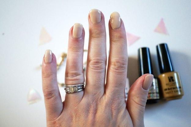 red-carpet-manicure-nude