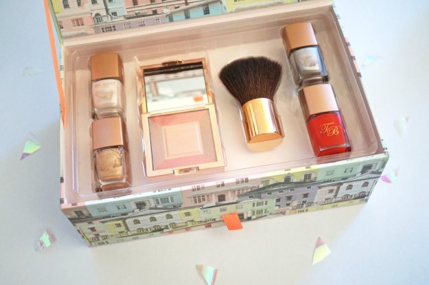 ted-baker-the-girl-with-the-beautiful-face-set