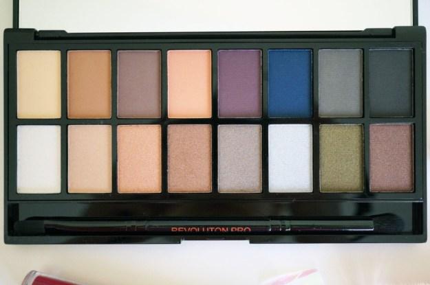 makeup-revolution-iconic-palette-review