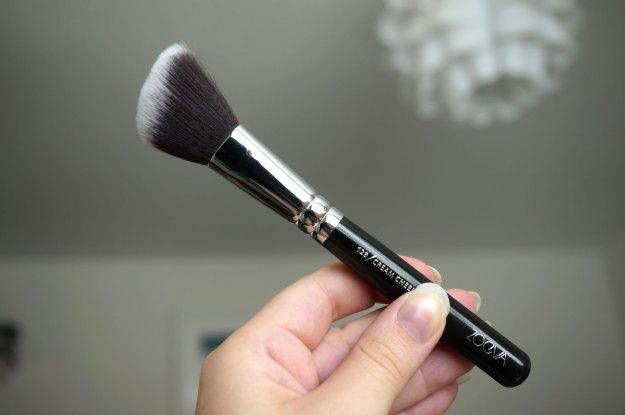 zoeva-129-cream-cheek-brush