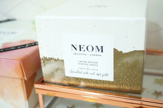neom-organics-christmas-wish-candle