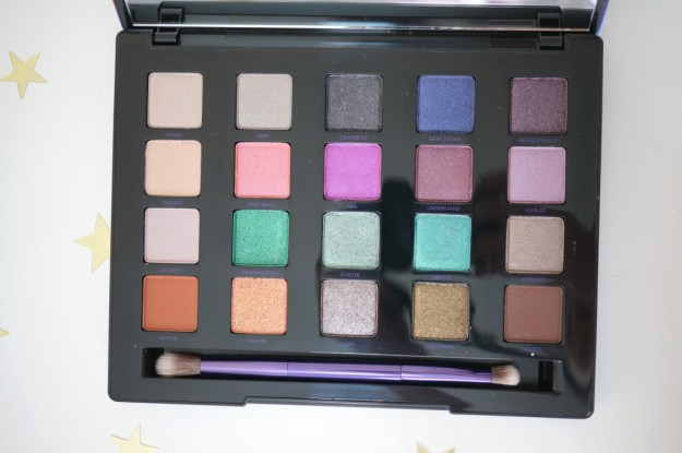 urban-decay-vice-4-palette-open