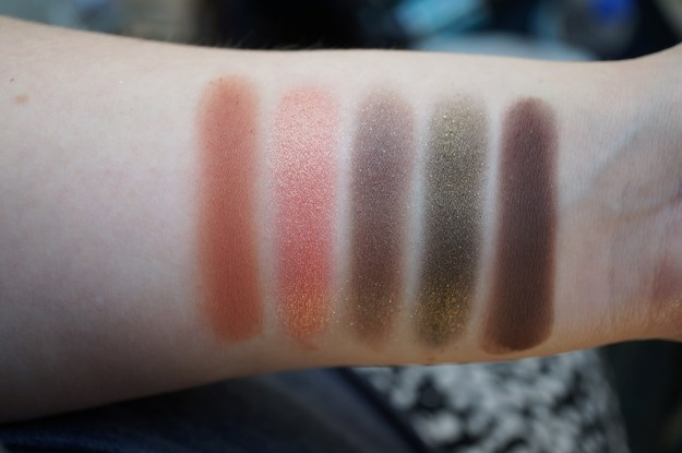 urban-decay-vice-4-palette-swatches-4