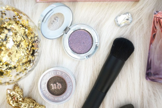 urban-decay-eyeshadows-and-nars-brush
