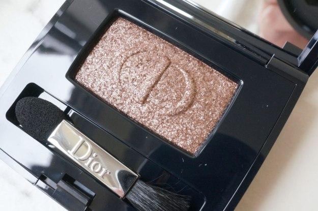 dior-smoky-strobe-lustrous-mono-eyeshadow-684-Reflexion-review
