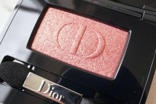 dior-smoky-strobe-lustrous-mono-eyeshadow-764-Fusion-review