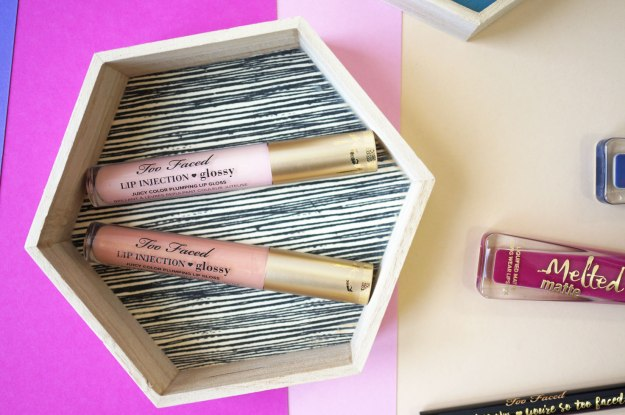too-faced-lip-injection-glossy-review