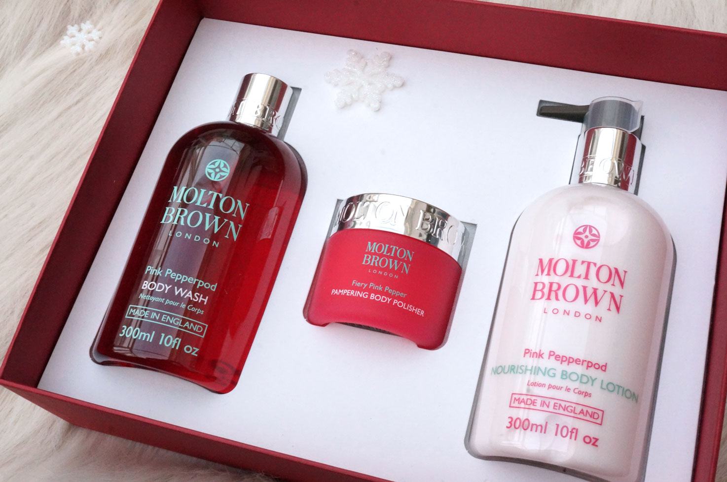 89783578a4db Starting with the Molton Brown Pink Pepperpod Pampering Body Gift Set – I love  Molton Brown products