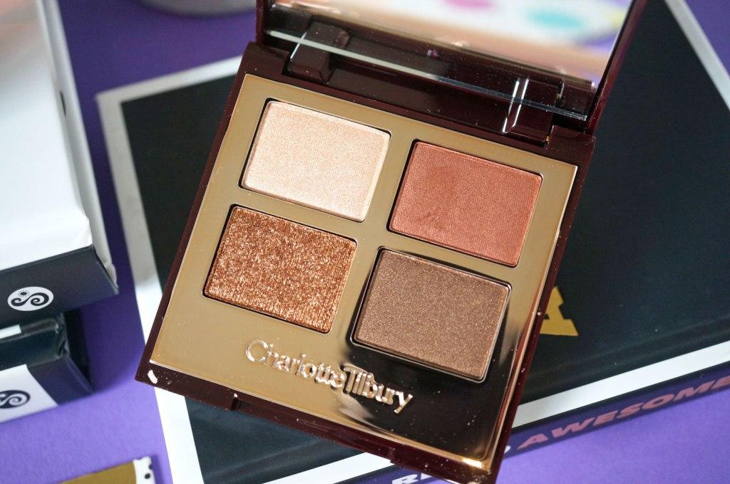 Charlotte-Tilbury-Eyeshadow-Palette-in-The-Dolce-Vita