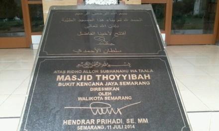 Kunjungan Walikota Semarang Hendrar Prihadi ke Masjid Thoyyibah Bukit Kencana Tembalang, Semarang