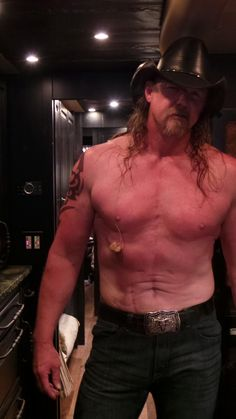 Ten Outrageous Things You Probably Didnt Know About Trace Adkins  ThrasherHorne Center