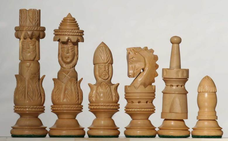 spanish-pulpit-carved-wooden-chess-set-1500