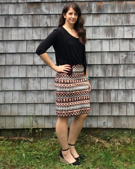 My birthday skirt, we all need something new to wear on our birthday, this is the Colette Mable Version 3 (the long version). I used a scuba knit for this, I think I'll be making more pencil skirts out of scuba knit in 2017.