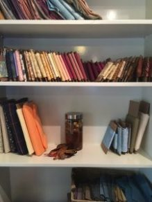 Fabric shelves de-stashing