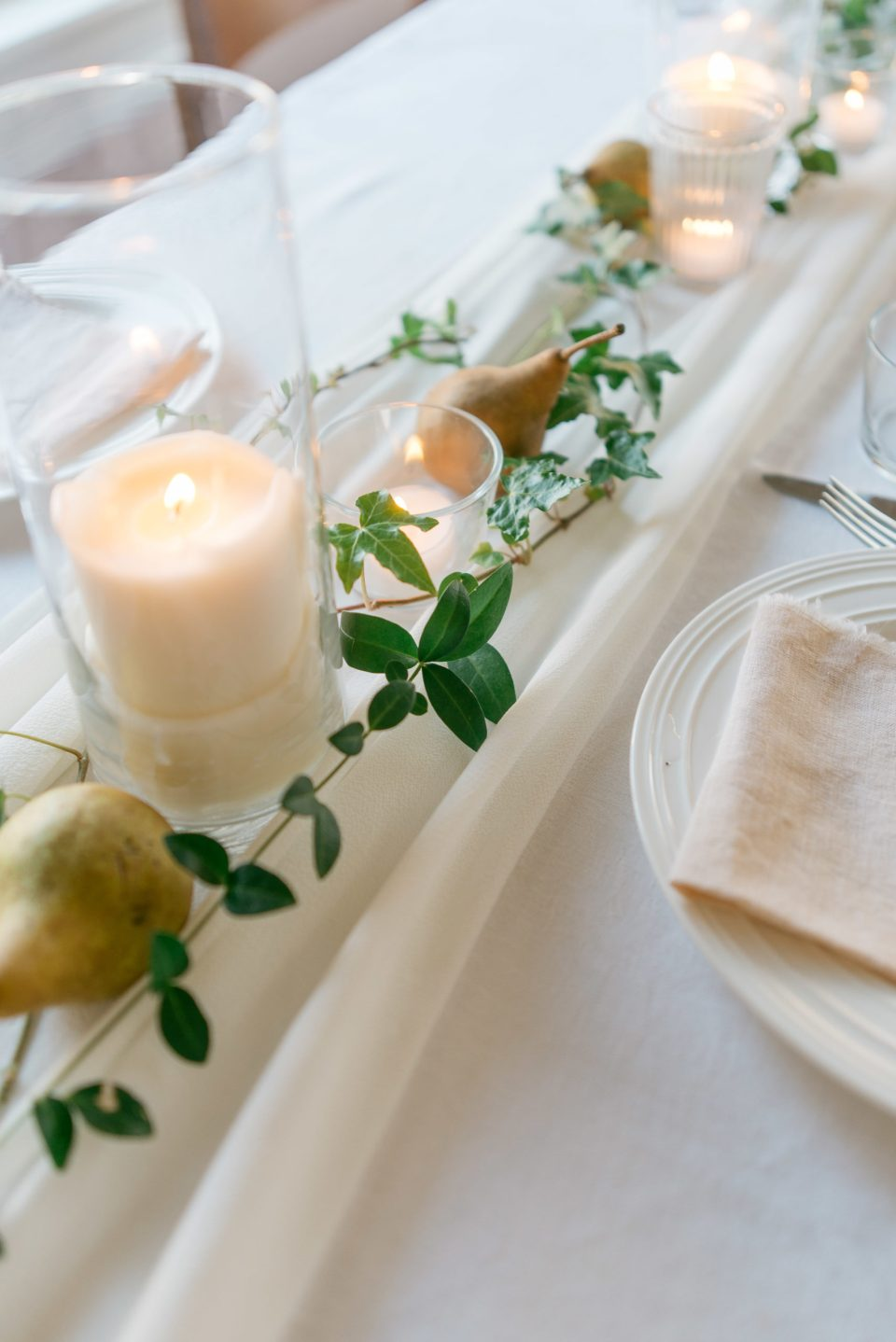 Centrepieces for Rectangular Tables | Delicate Garland | Garland for Weddings | Table Greenery