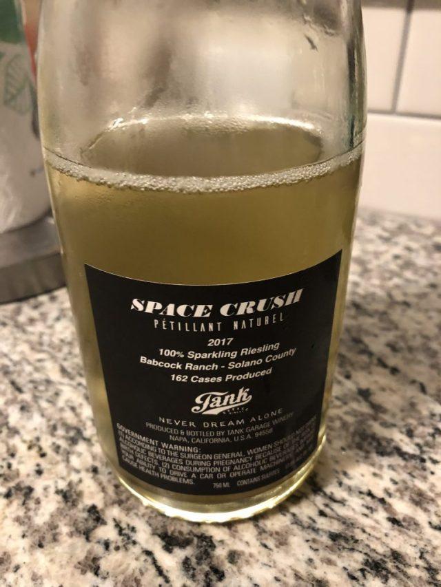 pet nat-tank garage winery-wine tasting-threadsandvino-wine blog
