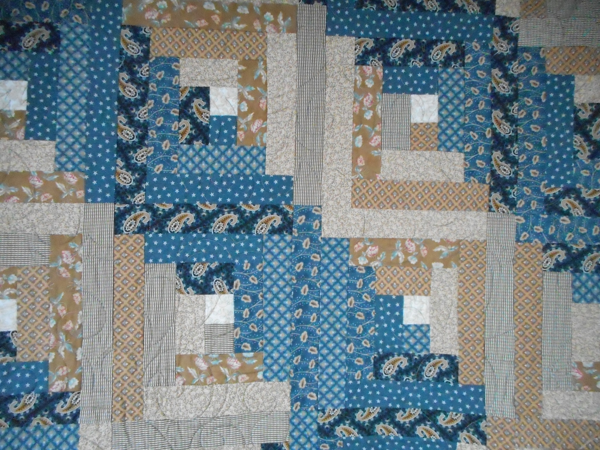 Log Cabin Patchwork Pattern